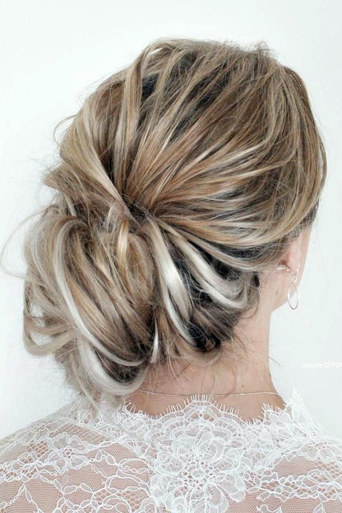 short hairstyles bridesmaid Half Up #popularhairstylesforwomen