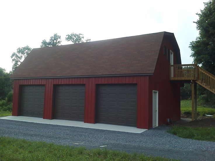 Pole buildings projects gambrel attic pole barn for Gambrel barn plans with living quarters