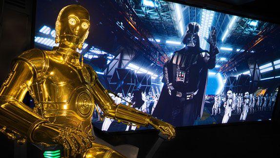 I parchi Disney si aggiornano a STAR WARS: IL RISVEGLIO DELLA FORZA