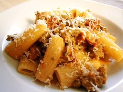 Chicken Sausage Rigatoni in a Spicy Vodka Sauce :o)  It's like Pasta alla Vodka but with sausage and it's spicy!! Yummm