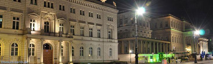 Alte Kommandantur und Staatsoper - Unter den Linden Berlin bei Nacht  http://besuch-berlin.de
