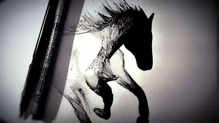 Quando tens tanta coisa para fazer que começas a desenhar porcaria  #nothingtodo #shadow #horse #blackandwhite #drawing