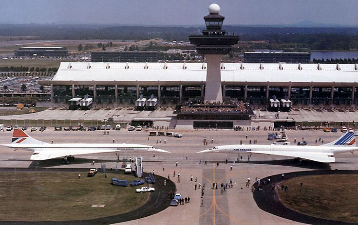 Start of Direct flights to the USA, 24th May 1976 - Transatlantic Services to Washington DC from London and Paris began with two Concorde's, one in British Airways livery and the other in Air France livery landing at Dulles Airport, Washington
