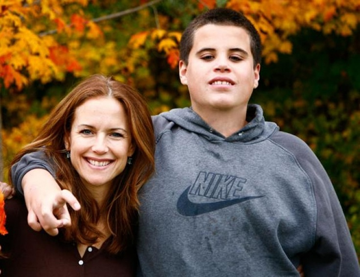 In 2009 Kelly Preston and John Travolta tragically lost their 16-year-old son Jett, and now for the first time, the actress is speaking out about the health issues that led to his death.