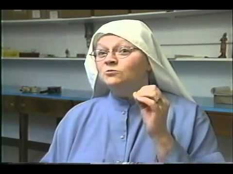 The Making of Communion Bread for Holy Communion - This is a perfect video to use for my second grade PSR class preparing to receive Holy Communion.