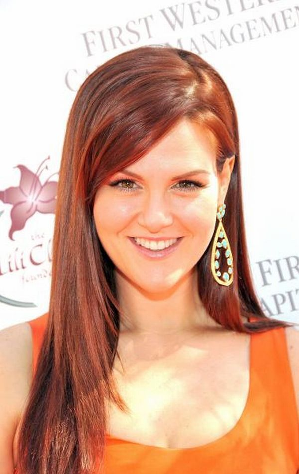 Sara Rue as Dr. Stephanie Barnett