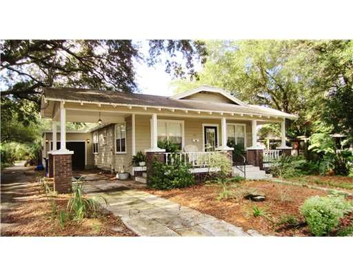 25 best ideas about florida homes exterior on pinterest for Small home builders tampa