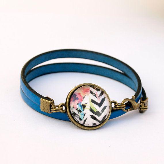 Bracelet bleu éléctrique bracelet cabochon par Bouclelacreations