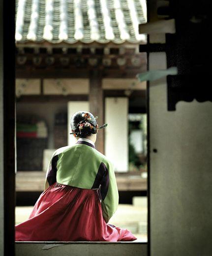 Korean traditional house, hanok and dress, hanbok