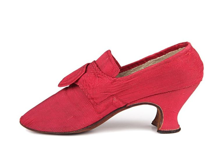 ca 1740-60 ladies dress shoes with still bright red silk uppers and silk covered heels. Note that the heels became lower and lower as the 18th century came to a close.