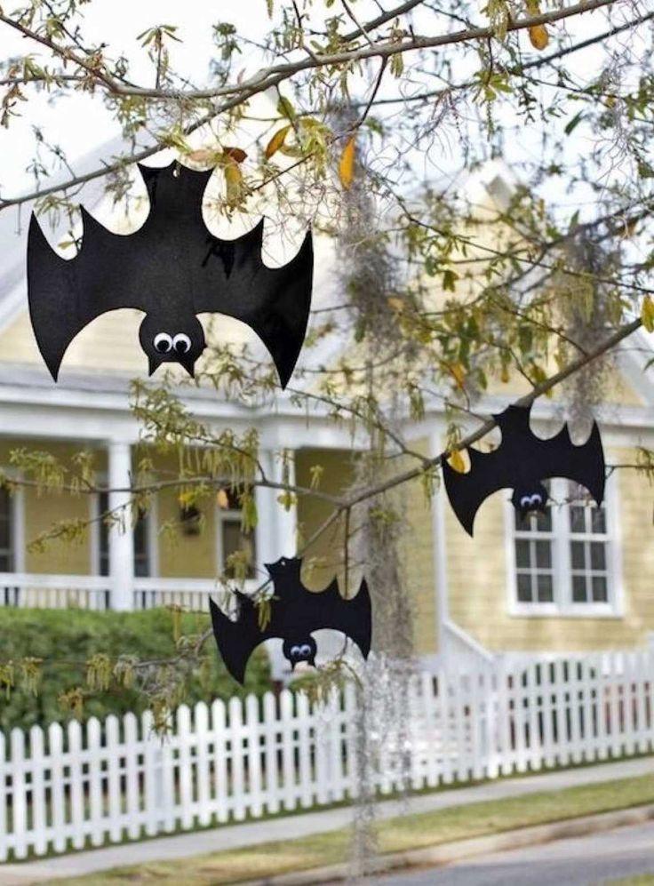 Cómo hacer murciélagos para decorar en Halloween - https://decoracion2.com/decoracion-para-halloween-murcielagos-en-mi-puerta/ #Cómo_Hacer_Murciélagos, #Decorar_En_Halloween_Con_Murciélagos, #Hacer_Murciélagos, #Hacer_Murciélagos_Con_Cartulina, #Halloween, #Manualidades, #Murciélagos, #Niños, #Recortar