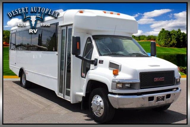 2007 Glaval Entourage TC5V042 28 Passenger Shuttle Bus FOR SALE! (Stock#:417007) Call us today and make us an offer that works for you! Toll free at 1(888)-385-1122 or online at www.desertautoplex.com    #2007 #Glaval #entourage #bus #28 #passenger #passengerbus #shuttle #shuttlebus #tc5v042 #tourbus #mesa #phoenix #chandler #scottsdale #az #arizona #desertautoplex #desertautoplexrv #gmc #gmctruck