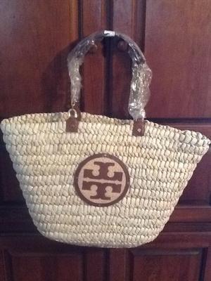 124 best Carry me...Handbags images on Pinterest | Handbags, Shops ...