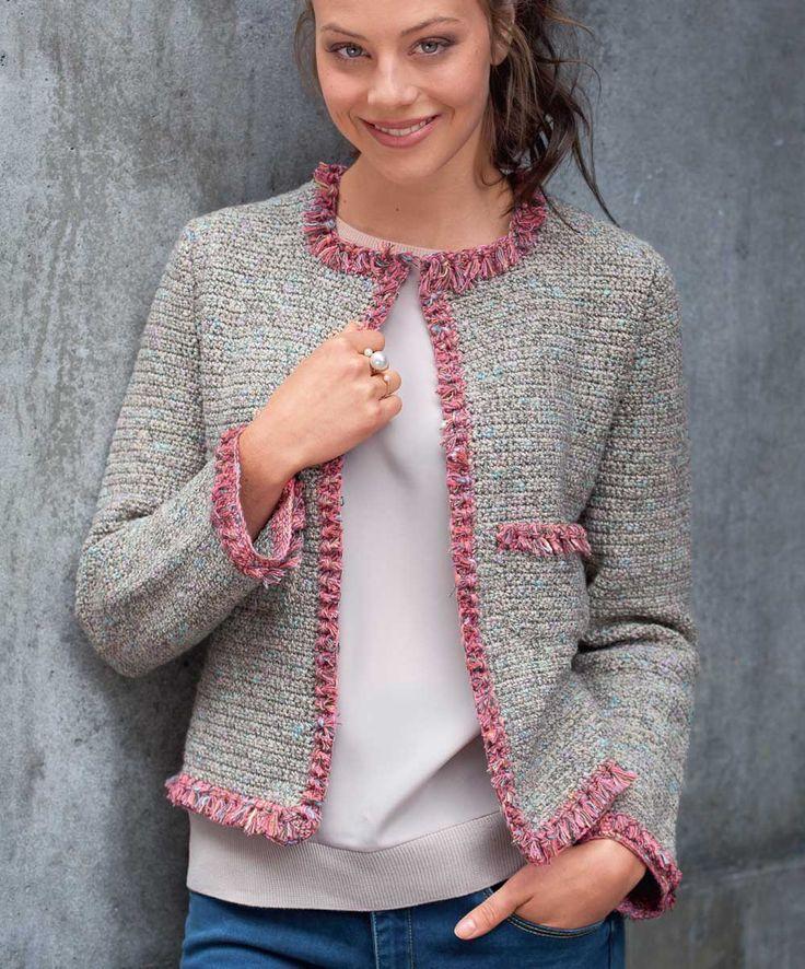 Описание вязания крючком жакета с отделкой бахромой из журнала «Маленькая Diana» №11/2015