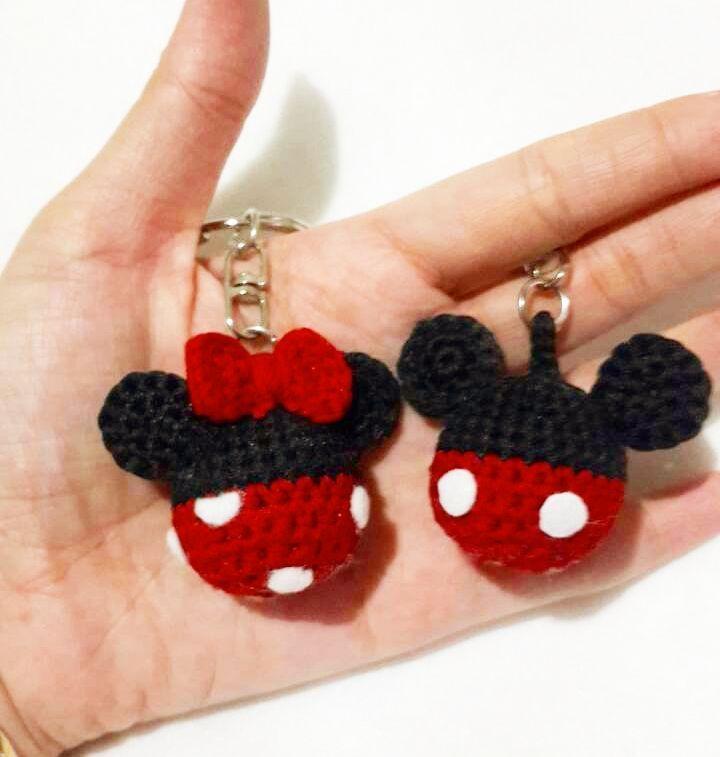crochethobby:: Couple keychain   #mickeymouse #disney #disneyworld #mickey #mouse #amigurumi #craft #creation #project #handmade #art #disney #rajutan #crochet #amigurumi #rajutan #handmade #art #myamigurumi #crochetdoll #doll #amigurumiaddict #crochetaddict #crocheting #handmadegift #gift #bonekarajut #rajutmurah #jualbonekarajut #jualbagcharm #bagcharm #crochethobby #amigurumidoll #gift #kadounik #morningboost