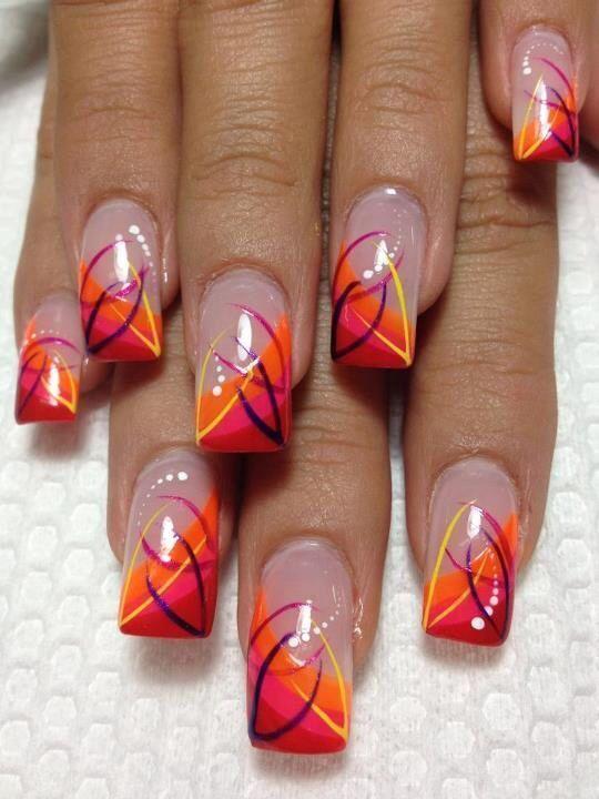 42 Heiße verbrannte orange Nägel