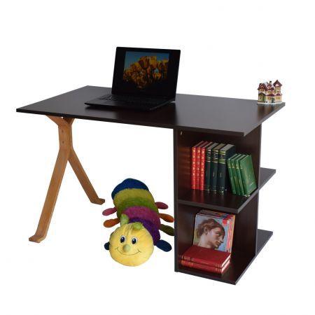 Birou de lucru cu rafturi, din pal melaminat, potrivit atat pentru utilizarea in casa cat si la birou. Mobilier simplu cu design inteligent ofera spatiul necesar pentru depozitarea cartilor, bibliorafturi, mape, etc. Blatul cu dimensiuni generoase ofera un spatiu de lucru confortabil. Dimensiuni: lungime 120 cm, latime 65 cm, inaltime 75 cm Culoare:wenge, picior bambus
