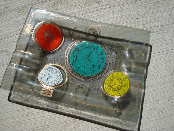 Vintage Ashtray Higgins Clocks and Watches by VintageShoppingSpree, $80.00