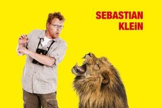 """VILD OG FRI: Alle ved, at Sebastian elsker dyr. I bogen """"Verdens 100 vildeste dyr"""" har han fundet frem til de 100 vildeste - de største, de sjoveste, de mærkeligste og de farligste dyr i hele verden. #børn #børnebøger"""