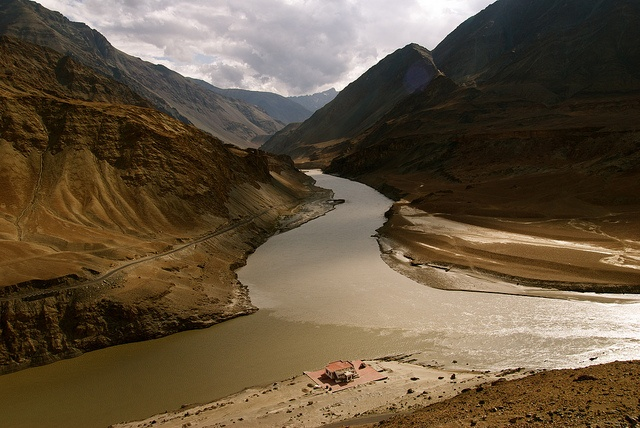 the location where the Indus and the Zanskar rivers converge, seen from the Leh-Srinagar highway, some 30 km from Leh.