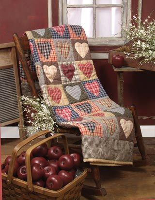 Warm Heart Bears: Hearts and Flower Quilts for Warm Heart Wednesday