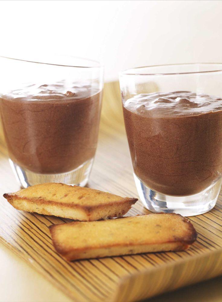 d couvrez la recette de mousse au chocolat noir de jean pierre vigato sur likeachef recettes. Black Bedroom Furniture Sets. Home Design Ideas