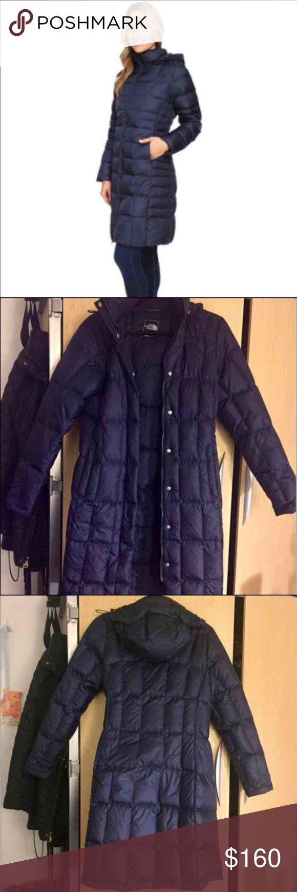 Northface navy parka Size Small. Down fill 550 goose down. Excellent used condition. North Face Jackets & Coats Puffers