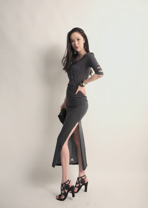 Korea feminine clothing Store [SOIR] Jess Ruched Skirt  / Size : Free / Price : 34.01USD #korea #fashion #style #fashionshop #soir #feminine #special #lovely #luxury #skirt #charcoal #Navy #black