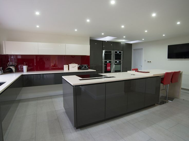 1000 images about kitchens on pinterest cabinets for Grey kitchen white worktop