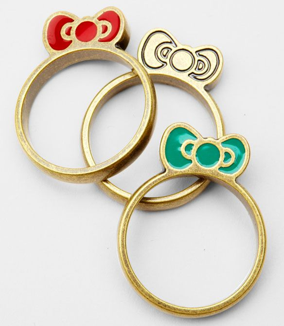 need these!!! Hello Kitty Stackable Bow Rings
