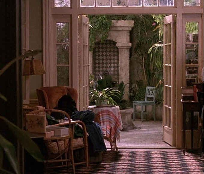 """Apartment in the film 'Green Card', directed by Peter Weir, 1990; photo from """"Andie MacDowell's apartment (& greenhouse!) from 'Green Card'"""" by Julia, Hooked on Houses, 07 November 2011"""