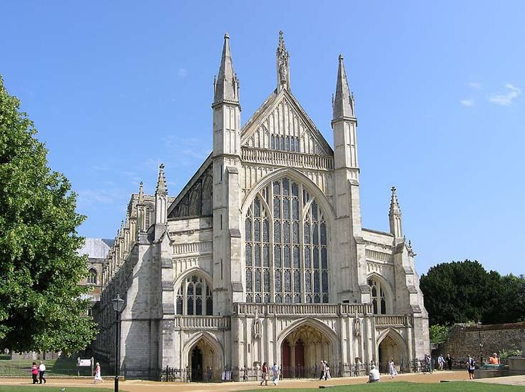 76 best images about cathedrals on pinterest anglican for Winchester architects