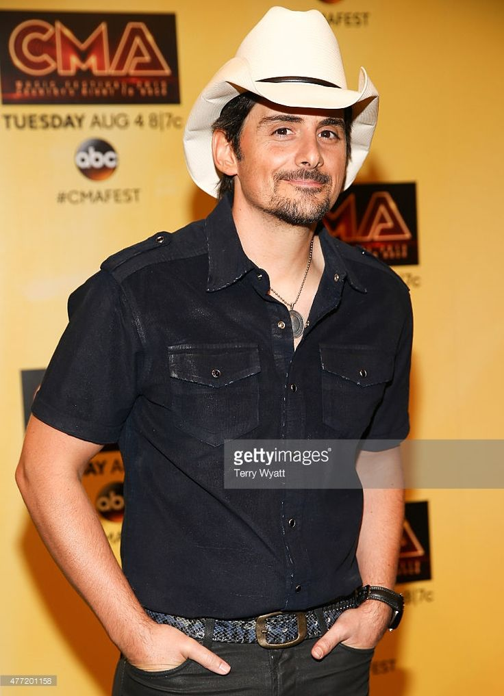 HBD Brad Paisley October 28th 1972: age 43