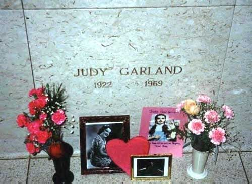 Judy Garland - American singer, actress, and vaudevillian. She was renowned for her contralto vocals and attained international stardom that continued throughout a career spanning more than 40 years as an actress in musical and dramatic roles, as a recording artist, and on concert stages.