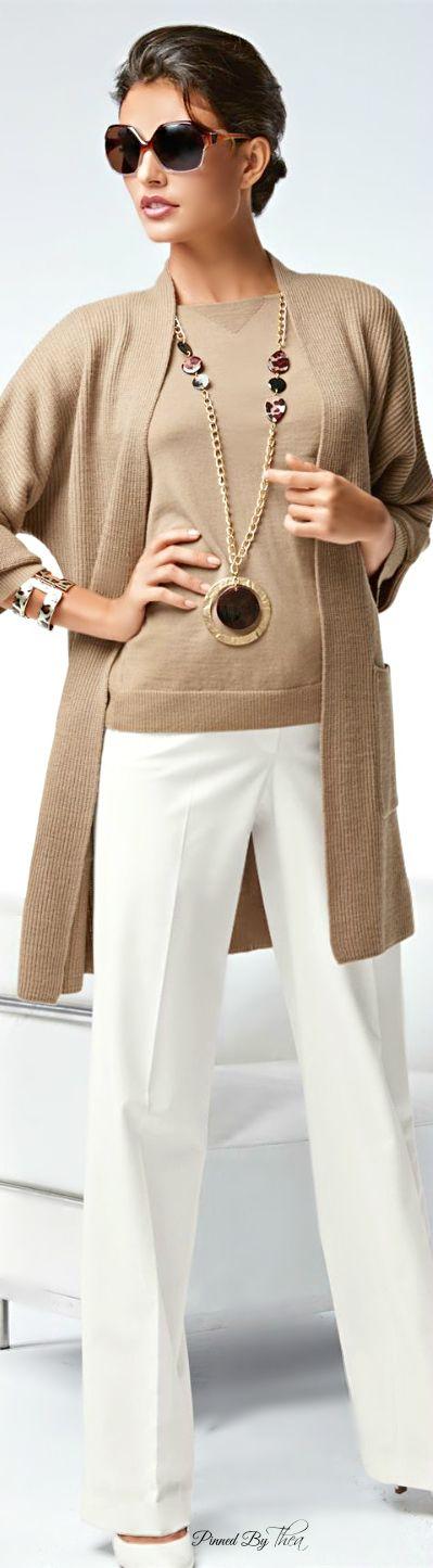 Tan Knit Sweater w White Pant, 2015