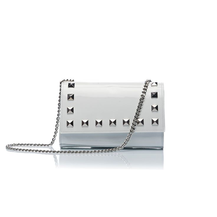 Clutch Ginny Bianca/White #nologobag #madeinitaly #km0 #pochette #clutch #madeintuscany #fashion #pinthemood #luxury #quality #patentleather #varnish #style #italy #innovation #bags #accessories #tendence #research #fashionable #designer # fashiondesigner #leather #leathergoods