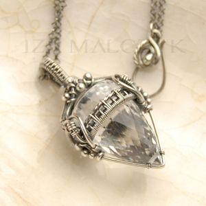Iza Malczyk Gallery of artisan silver jewellery