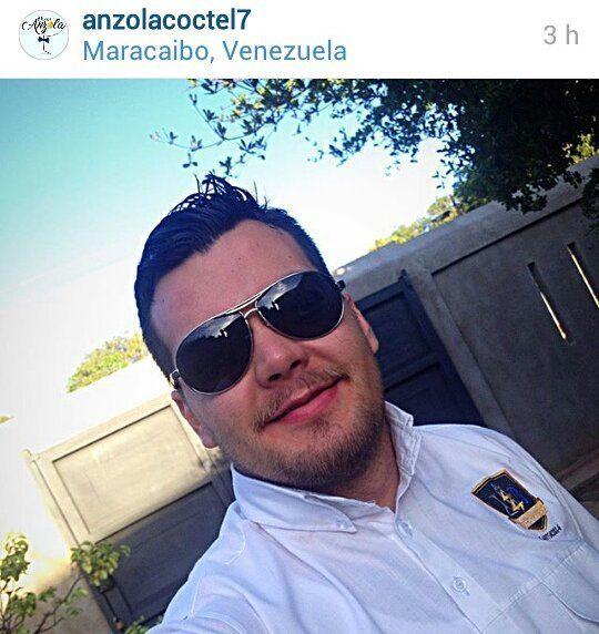 Muy feliz cumpleaños a nuestro super instructor #BartenderProfesional #OscarAnzola @anzolacoctel7 de la mejor @academiazulianadelbartender