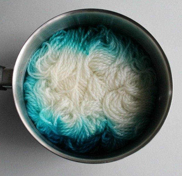 How to dye wool and other fibers with food dye: read more at LoveKnitting