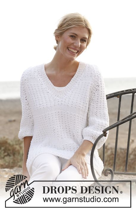 """Knitted DROPS jumper with raglan in 1 thread """"Ice"""" or 2 threads """"Cotton Light"""" and V-neck and rib in 2 threads """"Cotton Viscose"""". Size: S - XXXL."""