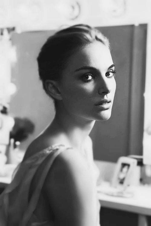 insanity-and-vanity:  Natalie Portman