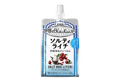 「キリン 世界のKitcheから」ブランドより、「ソルティライチ」のパウチタイプが登場。2016年6月28日(火)から、全国で発売される。「ソルティライチ」は、タイの家庭で作られている塩と果実と氷を合...