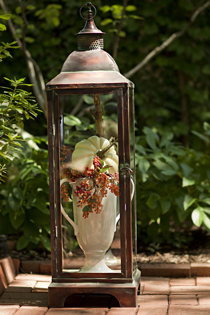 great new look for an old lantern especially in hot TX where the candle will melt outside!!