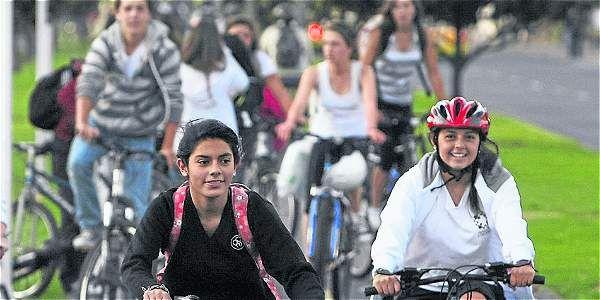 La bicicleta rompe la historia / Rincón de la bici