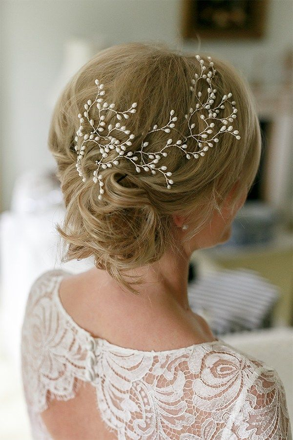 Didn't want a head piece, but this is gorgeous! Ivory pearl hairpins  from…