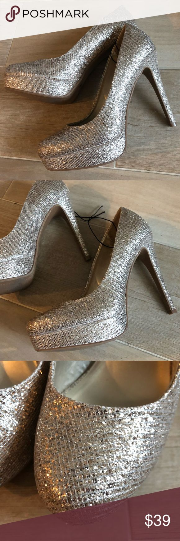NEW Chinese Laundry Light Gold Sparkle Pumps Heels NEW Chinese Laundry Gold Sparkle Pumps    High Heel, classy with a flash of bling         Any questions, please ask.  Check out my closet for more new and stylish items.  ❤️🎉Offers Welcomed!🎉❤️ Chinese Laundry Shoes Heels