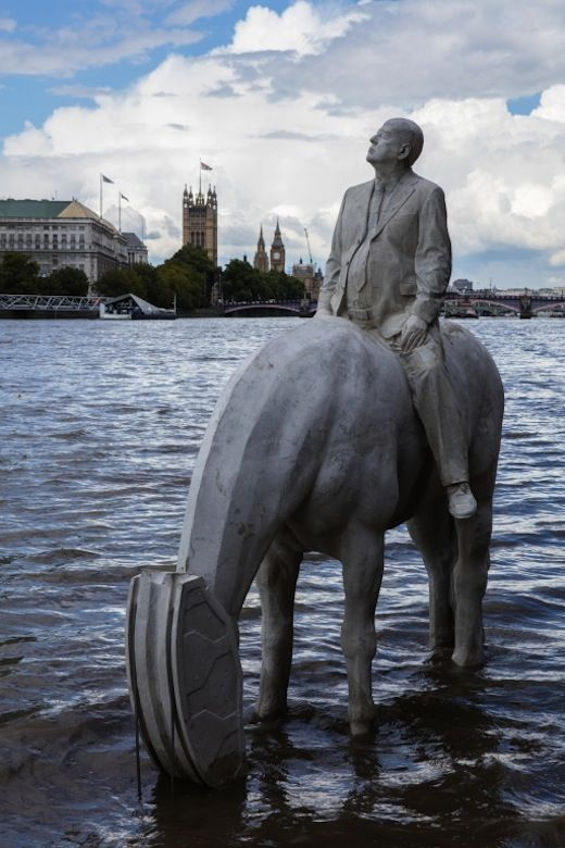 """""""The Rising Tide"""" by Jason deCaires Taylor, LONDON, 2015"""