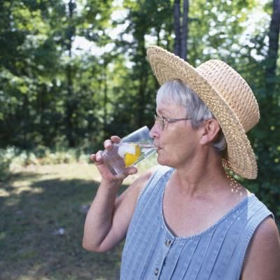 How Much Water Should You Drink If You Have Congestive Heart Failure? | LIVESTRONG.COM