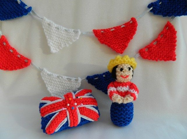 Toy Knitting Pattern - A Queen Doll, Bunting & Pin Cushion - PDF E-mail £2.00 http://folksy.com/items/3149662-Toy-Knitting-Pattern-A-Queen-Doll-Bunting-Pin-Cushion-PDF-E-mail