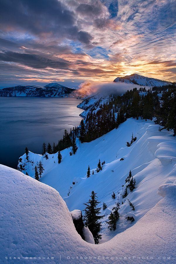Crater Lake National Park, Oregon, United States.